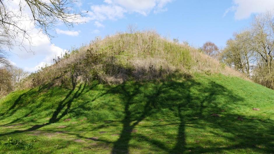 Bartlow Hills