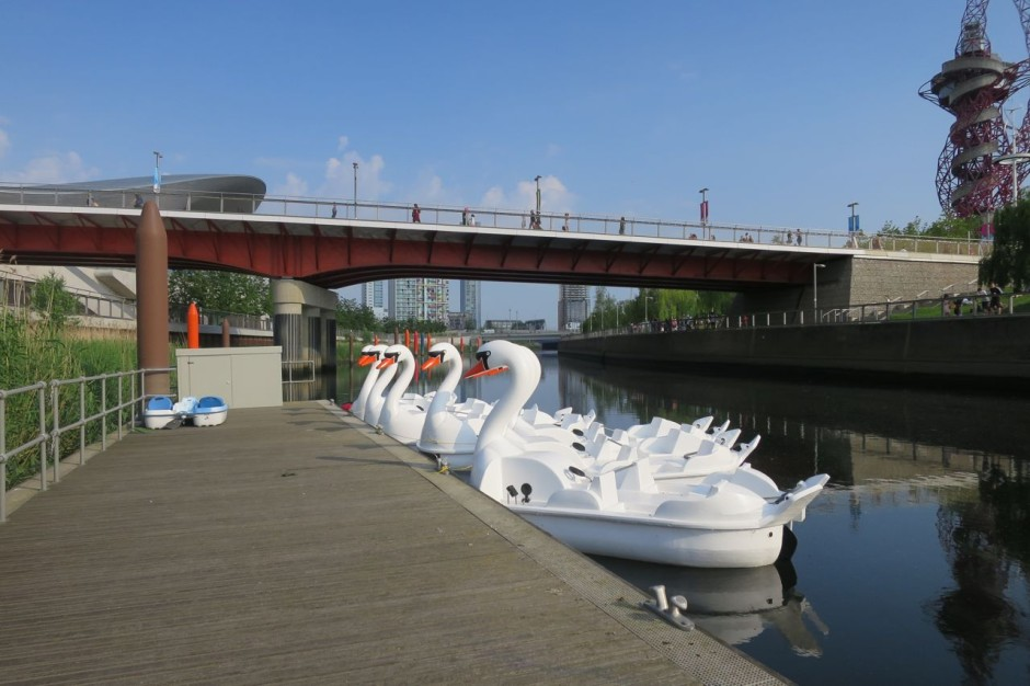 swan pedalos olympic park