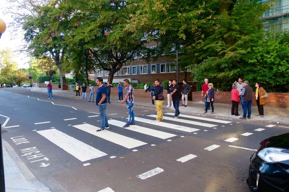 Abbey Road tourists
